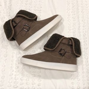 Shoes - Grayish Brown Fleece Cuff Ankle Booties